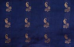 Индийская деталь silk ткани Стоковые Изображения
