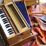 Индийская фисгармония, традиционная деревянная аппаратура клавиатуры, конец-вверх Стоковое Фото