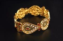 Индийские традиционные Bangles золота Стоковые Фото
