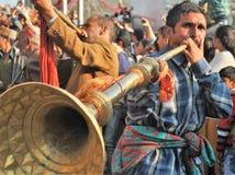 Индийский музыкант - музыкальный инструмент людей Himachal Стоковое Изображение RF