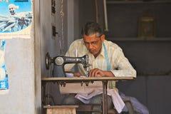 Индийский портной стоковые фото