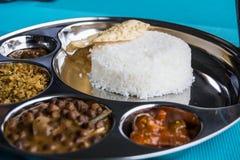 Индийский ресторан и индийская специфическая еда Стоковое фото RF