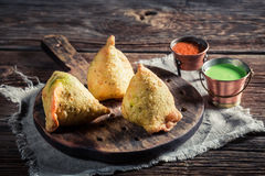 Индийское samosa с овощами Стоковая Фотография RF