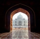 Индия. Дворец Тадж-Махала индийский в Агре стоковое изображение rf
