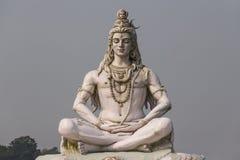 Индусская скульптура Shiva бога в Rishikesh Стоковые Изображения
