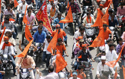 Индусские devotess принимают Hanuman Jayanthi Shobha Yatra, Хайдарабад, Индию Стоковые Изображения RF
