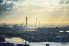 Индустриальная зона на заходе солнца Стоковое фото RF
