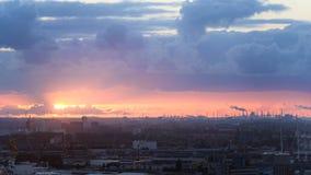 Индустриальная зона на заходе солнца Стоковые Изображения RF
