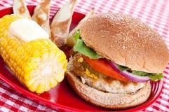 индюк еды бургера здоровый Стоковое Изображение