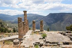 Ионный столбец на Delfi, Греции Стоковые Изображения RF