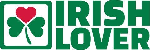 Ирландский любовник с зеленым клевером и красным сердцем бесплатная иллюстрация
