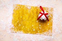 Искра xmas предпосылки рождества освещает текст космоса Нового Года зимнего отдыха карточки красной предпосылки холста веселый Стоковое фото RF