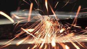 Искры летают от вулканического круга видеоматериал