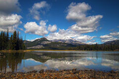 искры озера стоковая фотография rf