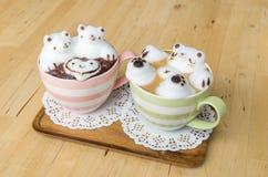 2 искусства кофейной чашки и latte Стоковые Изображения RF
