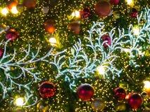 Искусственная рождественская елка сосны стоковые изображения