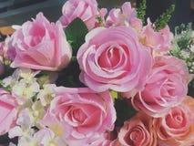 искусственние розы пинка букета Стоковые Фото