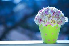 Искусственные цветки Стоковое Фото