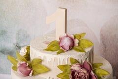 Искусственный торт выдал внутри стоковые фотографии rf