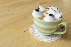 Искусство кофейной чашки и latte Стоковая Фотография