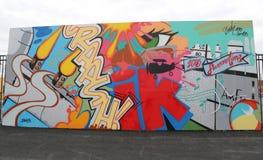 Искусство настенной росписи на новых стенах искусства кролика привлекательности искусства улицы на разделе острова кролика в Брук Стоковое фото RF