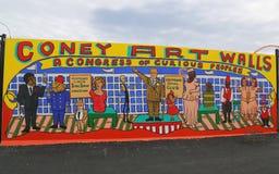 Искусство настенной росписи на новых стенах искусства кролика привлекательности искусства улицы на разделе острова кролика в Брук Стоковая Фотография RF