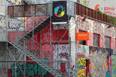 Искусство улицы в спортивной площадке Красавицы de Mai Стоковые Фотографии RF