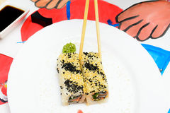 Искусство Fud Японские суши на белой плите стоковые изображения rf