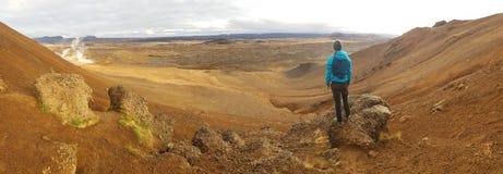 Исландия - человек и геотермический регион стоковая фотография rf
