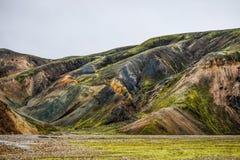 Исландский ландшафт горы, лето гор Landmannalaugar Стоковые Изображения