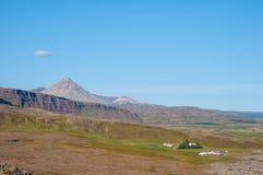 Исландский ландшафт сельской местности в Borgarfjordur Стоковая Фотография