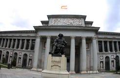 Испания Мадрид, статуя Velazquez в музее Prado стоковые фотографии rf
