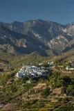Испанская деревня в предгорьях горы Стоковые Фото