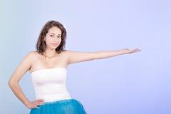 Испанская женщина в платье балетной пачки Стоковая Фотография RF