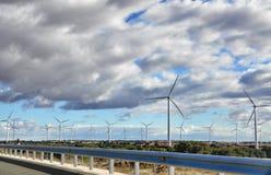 Испанские дороги и мельницы ветра Стоковое Изображение RF