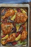 Испанский поднос цыпленка печет стоковые изображения rf