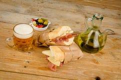 Испанский сандвич ветчины и сыра Стоковые Изображения RF