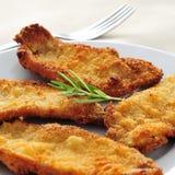 Испанский язык escalopa de pollo milanesa Ла, обвалянный в сухарях цыпленок fillets стоковое фото rf