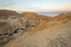 Испарение соли долины Zohar, и мертвого моря ponds стоковая фотография rf