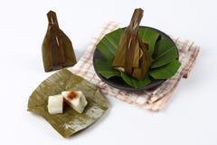Испаренная помадка обруча муки помяла кокос как Sii Khanom Sai Стоковые Фотографии RF