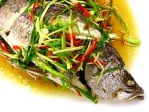 Испаренные рыбы с соусом сои и чилей Стоковая Фотография RF