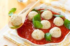 испаренные meatballs цыпленка Стоковое Изображение