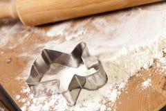 испеките имбирь хлеба готовый к Стоковые Фото