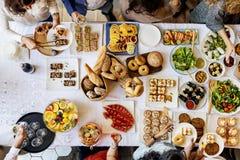 Испеките концепцию печенья кафа завтрак-обеда торта партии десерта стоковые изображения