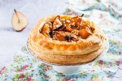 Испеките от облупленного печенья с пряными грушами карамельки Стоковое Изображение