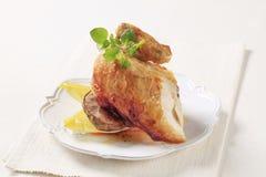 испеченная зажаренная в духовке картошка цыпленка Стоковое Фото