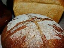 испеченное домодельное хлеба свежее хец круглый Натуральный продучт Вкусно и здорово closeup стоковые фотографии rf