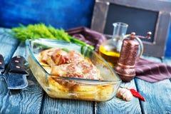 Испеченное мясо с картошкой Стоковое Фото