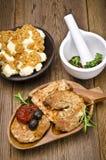 Испеченное мясо с оливками Стоковое Изображение RF