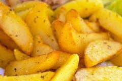 испеченные картошки стоковое изображение rf
